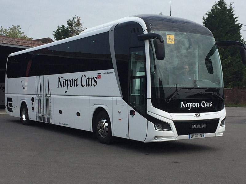 Lion's Coach 59 places
